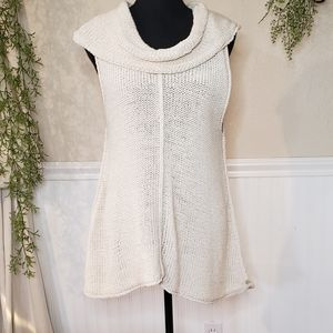 Pure Handknit sleeveless sweater top